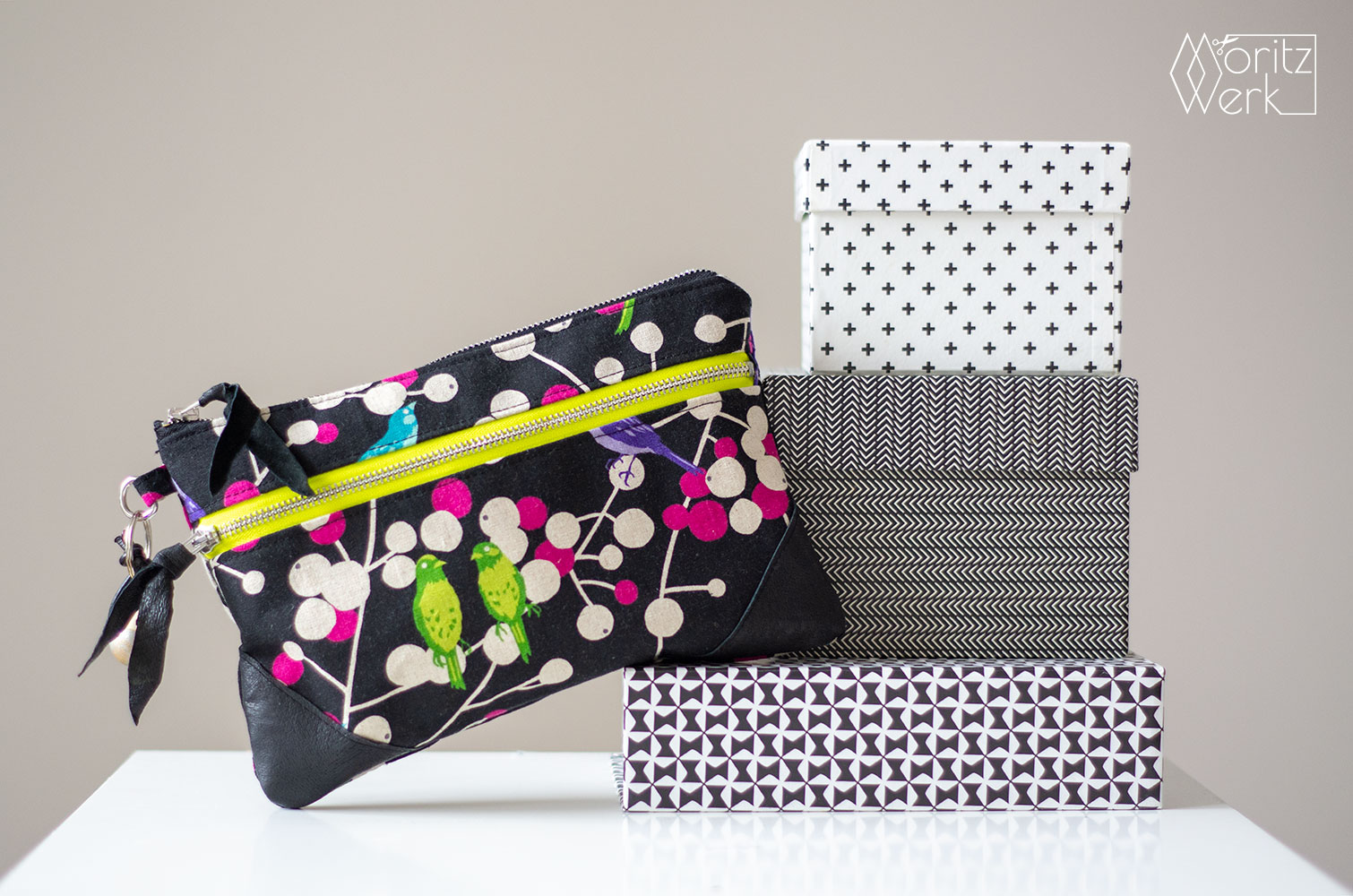 Double Zip Pouch von LBG Studio